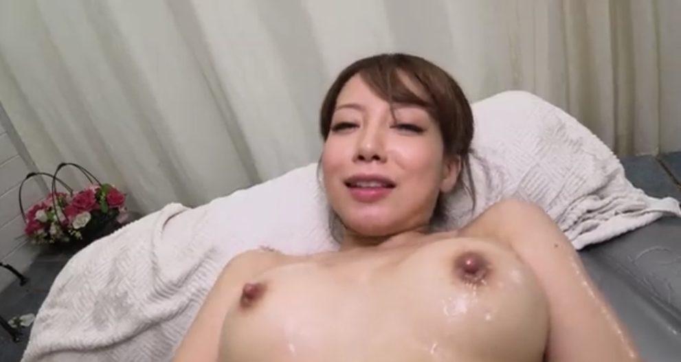 与田千佳の無修正動画